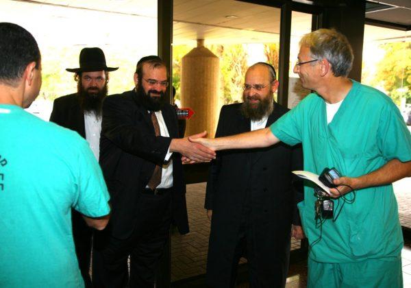 התייעצות רפואית בבית חולים שיבא – תל השומר