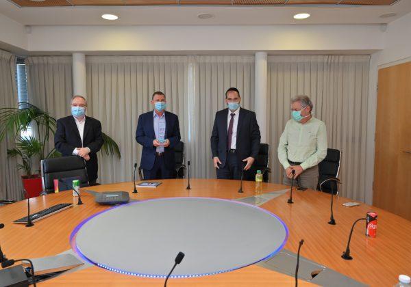 פרויקטור אמיתי: שר הבריאות הביע את הערכתו לארגון 'בוני עולם'